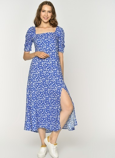 a39cc58b30a8b Loves You Sırtı Gipeli Kısa Kol, Çiçek Desenli Evaze Elbise Mavi ...